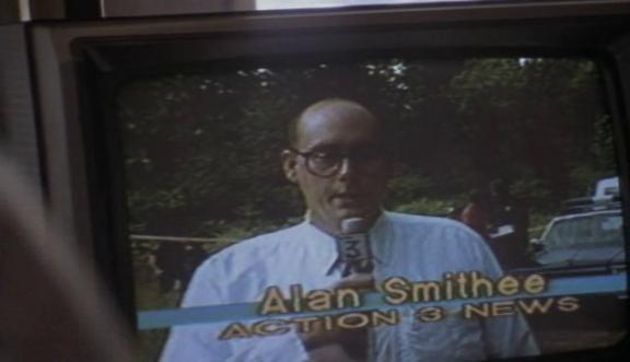 """Trivia: Alan Smithee era un nome di un regista fittizio usato dagli anni '70 al 2000 dai registi che volevano """"disconoscere"""" i propri film, per un motivo o l'altro."""